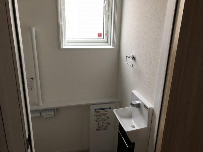 1階トイレ入り口