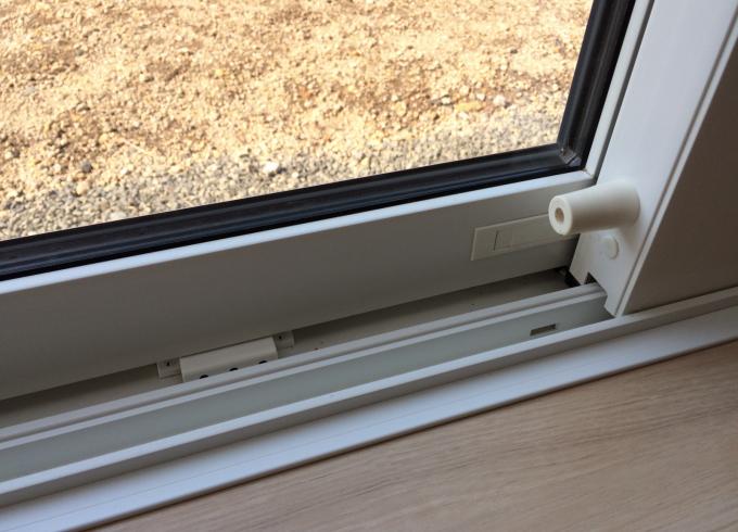 窓の結露する部分