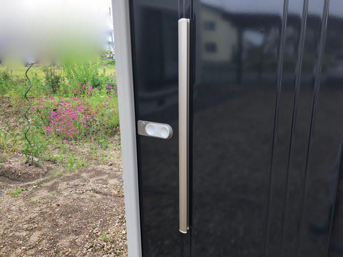タクボのドア取っ手とロック部分