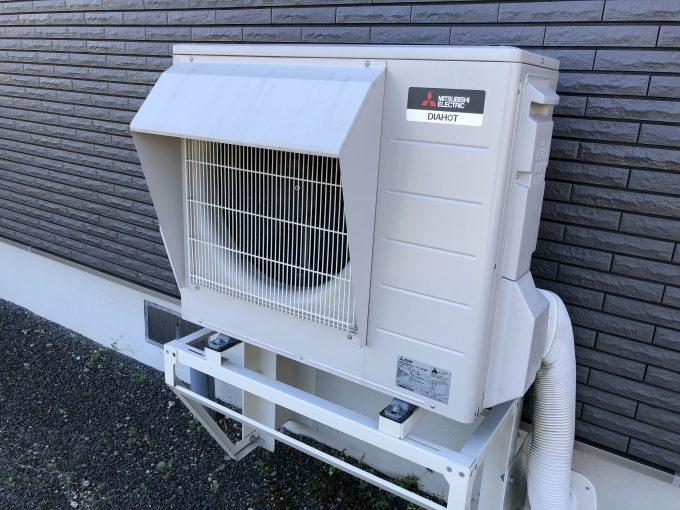 寒冷地仕様三菱エコキュート室外機