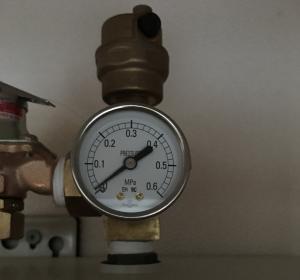 エコヌクールの圧力計