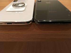 iPhoneX縁の色の比較