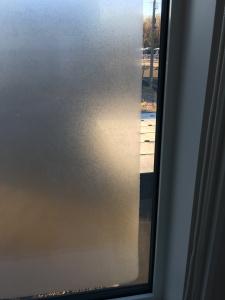 窓の凍結2階