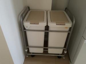 家電収納のゴミ箱