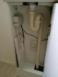 1階自動水栓のコフレル収納部分