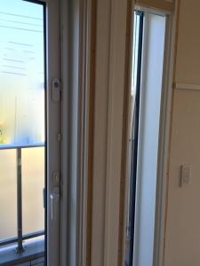 初日窓枠交換工事終了後1