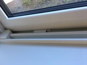 キッチン引き違い窓