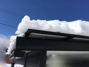 カーポートの雪落とし作業終了